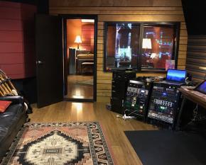 Debaser Studio_1200x720
