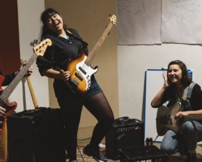 girls rock - 600 x 365
